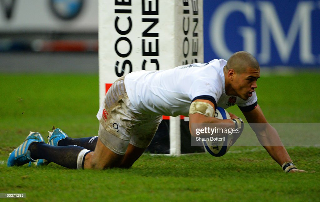 <a gi-track='captionPersonalityLinkClicked' href=/galleries/search?phrase=Luther+Burrell&family=editorial&specificpeople=871965 ng-click='$event.stopPropagation()'>Luther Burrell</a> of England goes over to score a try during the RBS Six Nations match between France and England at Stade de France on February 1, 2014 in Paris, France.