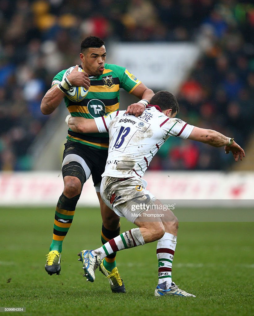 <a gi-track='captionPersonalityLinkClicked' href=/galleries/search?phrase=Luther+Burrell&family=editorial&specificpeople=871965 ng-click='$event.stopPropagation()'>Luther Burrell</a> of Northampton is tackled by Fergus Mulchrone of London Irish during the Aviva Premiership match between Northampton Saints and London Irish at Franklins Gardens on February 13, 2016 in Northampton, England.