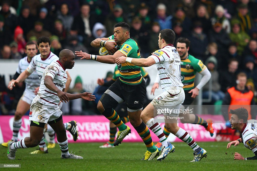 <a gi-track='captionPersonalityLinkClicked' href=/galleries/search?phrase=Luther+Burrell&family=editorial&specificpeople=871965 ng-click='$event.stopPropagation()'>Luther Burrell</a> of Northampton splits the London Irish defence during the Aviva Premiership match between Northampton Saints and London Irish at Franklins Gardens on February 13, 2016 in Northampton, England.
