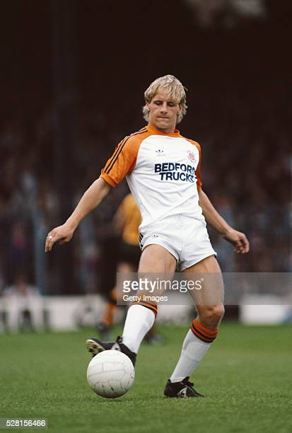 Luton Town striker Paul Walsh in action during the First Division match between Luton Town and Wolves at Kenilworth Road on September 17 1983 in...