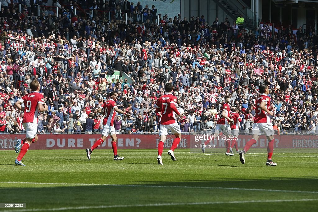 , Luuk de Jong of PSV, Adam Maher of PSV, Gaston Pereiro of PSV, Marco van Ginkel of PSV, Hector Moreno of PSV during the Dutch Eredivisie match between PSV Eindhoven and SC Cambuur Leeuwarden at the Phillips stadium on May 01, 2016 in Eindhoven, The Netherlands