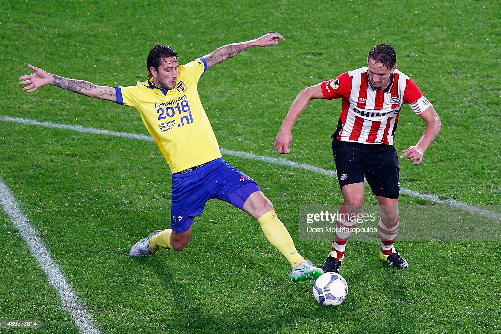 Luuk de Jong of PSV battles for the ball with c2 of Cambuur during the KNVB Cup 2nd round match between PSV Eindhoven and SC Cambuur on September 22...