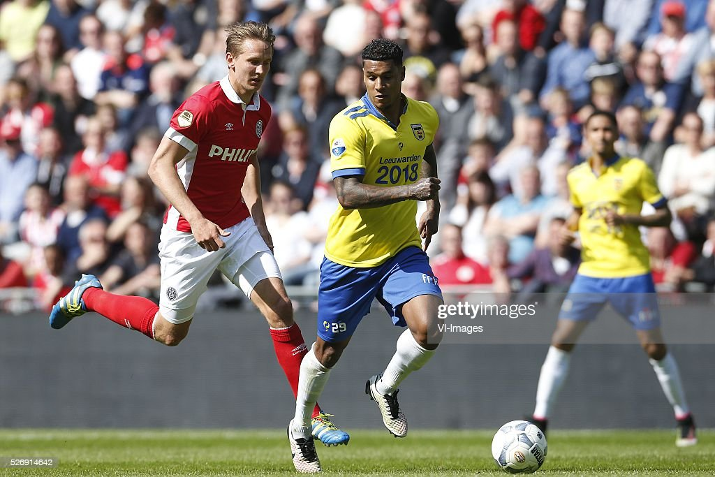 , Luuk de Jong of PSV, Darryl Lachman of SC Cambuur during the Dutch Eredivisie match between PSV Eindhoven and SC Cambuur Leeuwarden at the Phillips stadium on May 01, 2016 in Eindhoven, The Netherlands