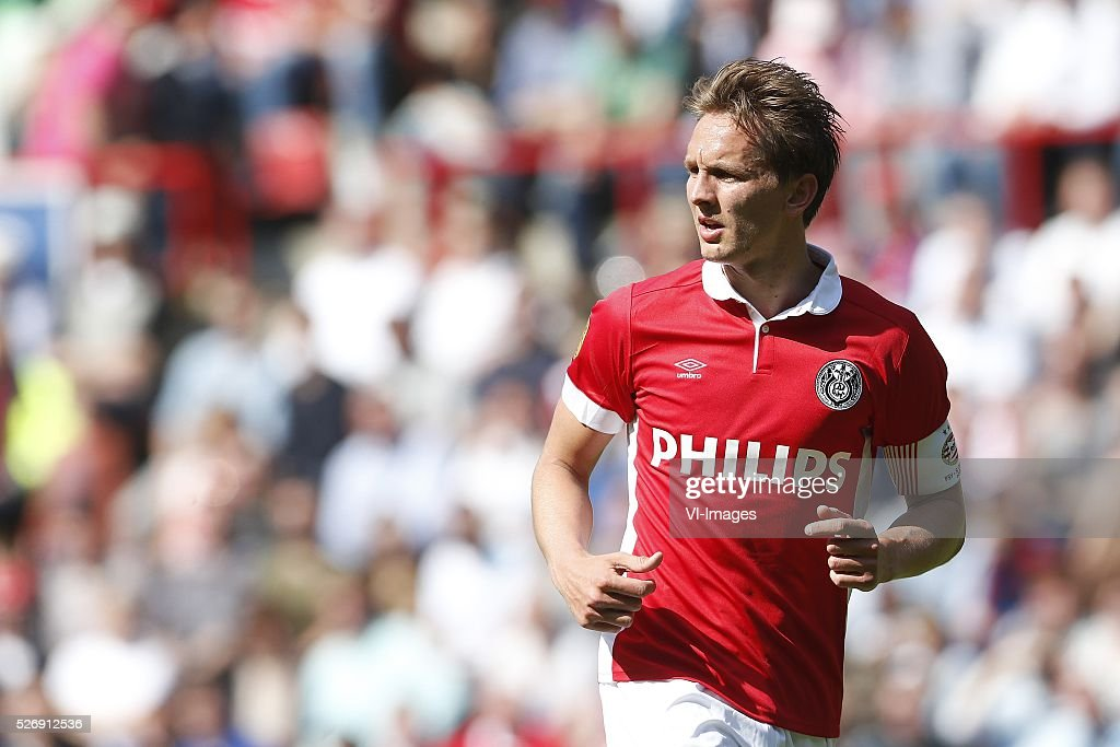 Luuk de Jong of PSV during the Dutch Eredivisie match between PSV Eindhoven and SC Cambuur Leeuwarden at the Phillips stadium on May 01, 2016 in Eindhoven, The Netherlands