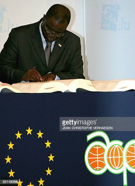 Amadou Soumahoro Ivorian Trade Minister signs the revisited Cotonou agreement during the 30th ECACP ministerial council 25 June 2005 in Luxembourg...