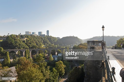 Luxembourg, Luxembourg City, View from rue de Clausen Rocher du Bock to Passerelle bridge over Pfaffenthal valley and the district Kirchberg