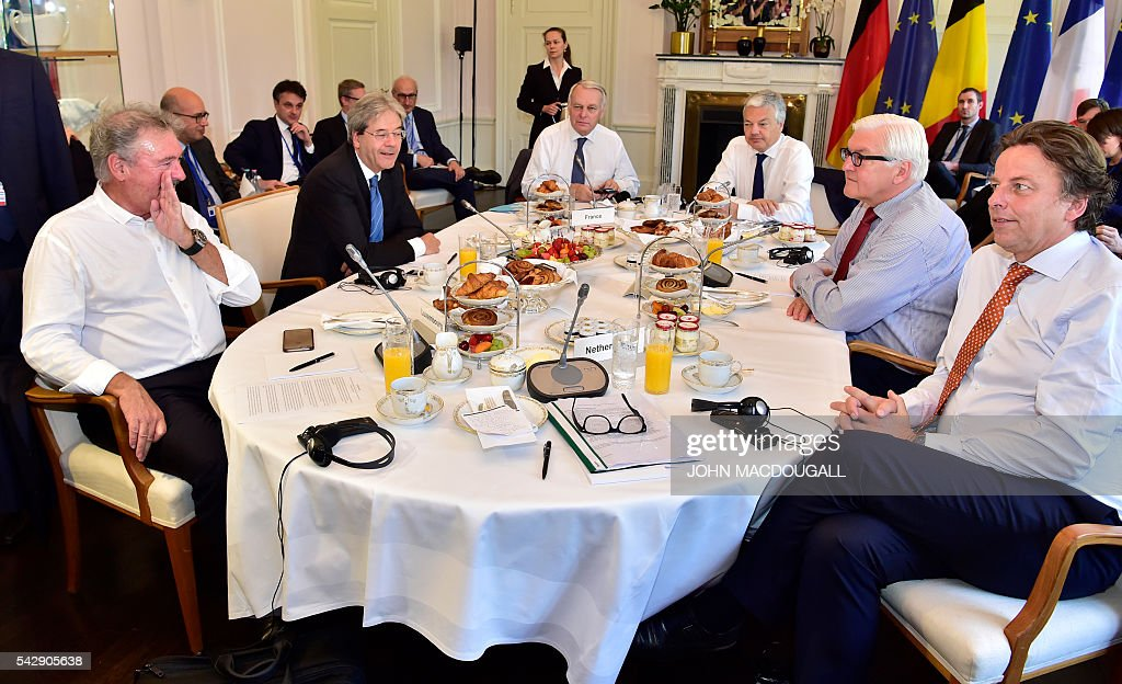 Luxembourg's Foreign minister Jean Asselborn, Italy's Foreign minister Paolo Gentiloni, France's Foreign minister Jean-Marc Ayrault, Belgium's Foreign minister Didier Reynders, Germany's Foreign minister Frank-Walter Steinmeier and Netherlands' Foreign minister Bert Koenders attend talks at the Villa Borsig in Berlin on June 25, 2016. Foreign ministers of the six founding members of the European project meet to discuss the bloc's future in the wake of Britain's decision to leave. / AFP / John MACDOUGALL