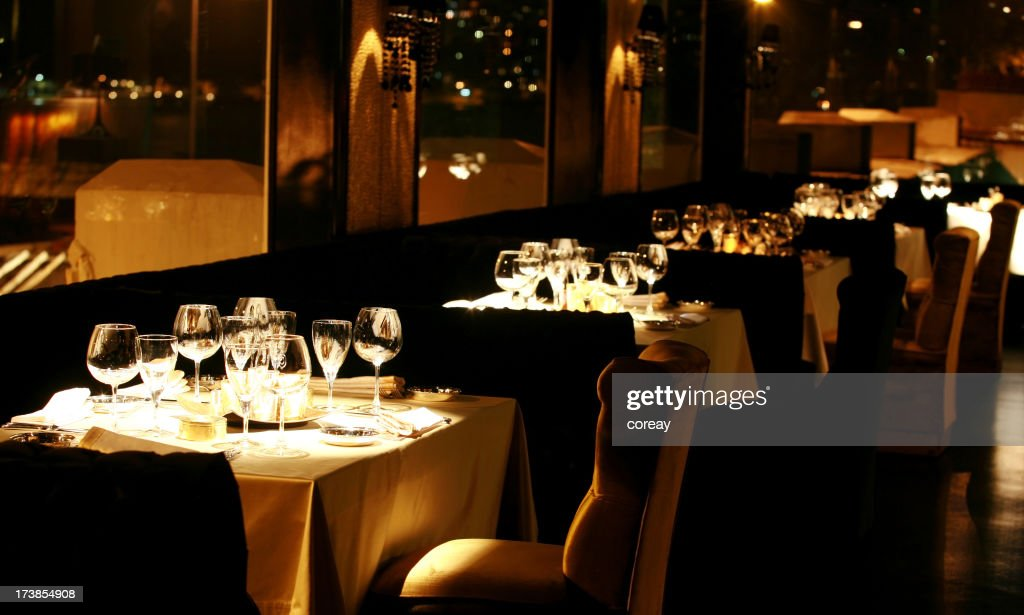 La luxueuse table de repas et restaurant : Photo
