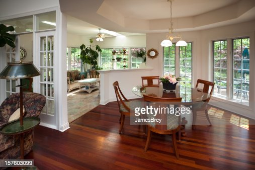 luxury casual openconcept design dining room with