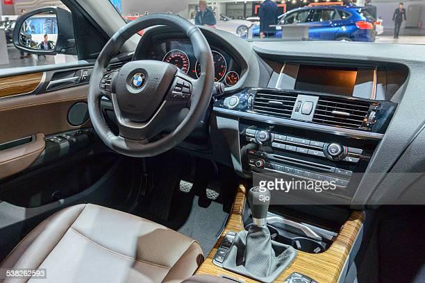 Luxus-Geländewagen BMW X4 crossover-Innenansicht