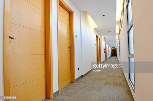 ラグジュアリーホテルの廊下