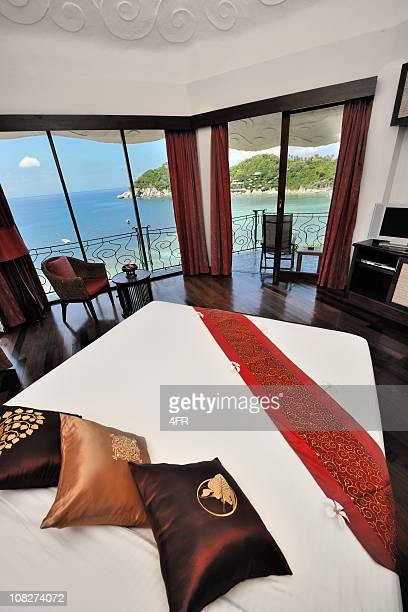 Luxury President Suite Hotel Room with Ocean View (XXXL)