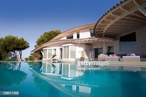 Luxury Villa and Pool