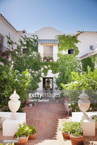 luxury villa porch and - photo #15