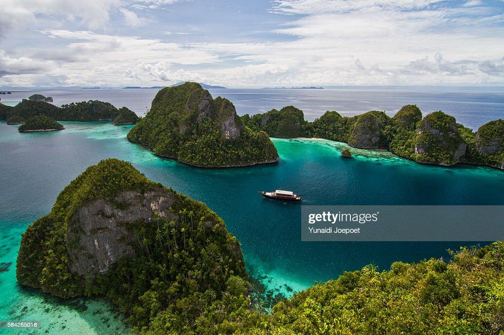 Luxury Yatch Sailing in Beautiful Island, Raja Ampat, Indonesia