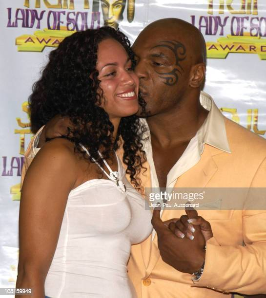 Luz Whitney and Mike Tyson presenter for RB/Soul Album of The Year