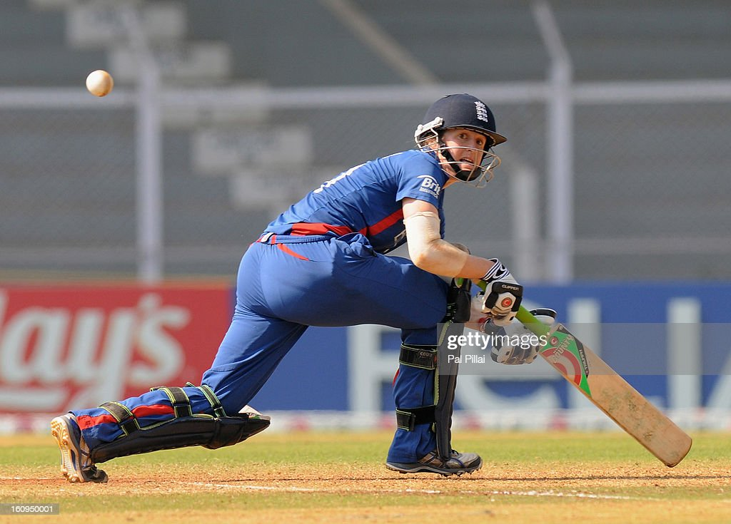 Lydia Greenway of England bats during the super six match between England and Australia held at the CCI (Cricket Club of India) on February 8, 2013 in Mumbai, India.