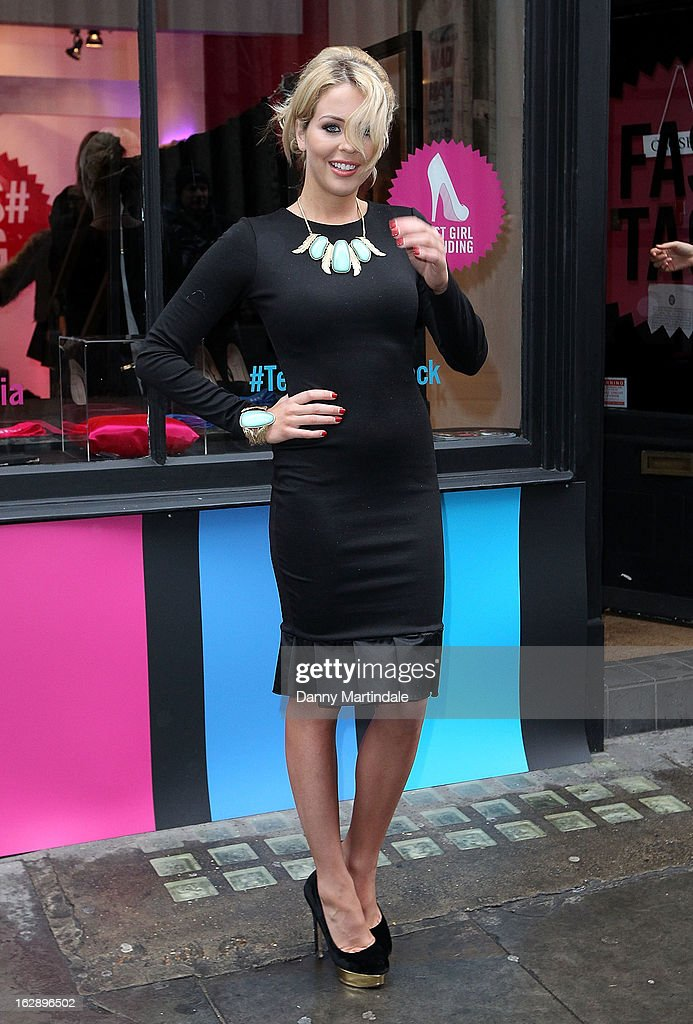<a gi-track='captionPersonalityLinkClicked' href=/galleries/search?phrase=Lydia+Rose+Bright+-+Television+Personality&family=editorial&specificpeople=7629456 ng-click='$event.stopPropagation()'>Lydia Rose Bright</a> attends a photocall as girls compete to win a pair of Christian Louboutin shoes on March 1, 2013 in London, England.