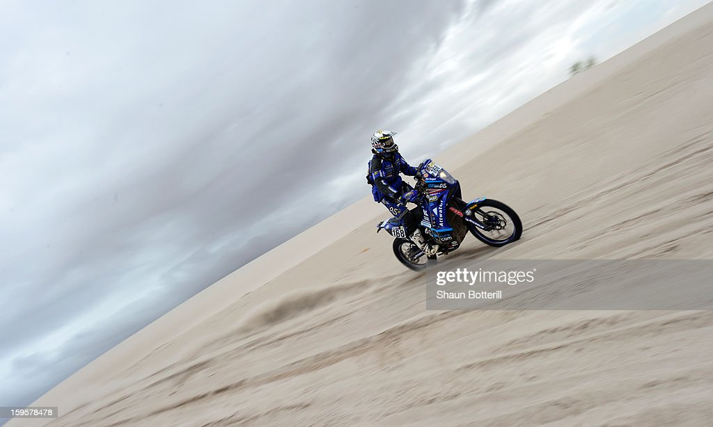 Lydon Poskitt of team Front Row GB competes in stage 11 from La Rioja to Fiambala during the 2013 Dakar Rally on January 16, 2013 in La Rioja, Argentina.