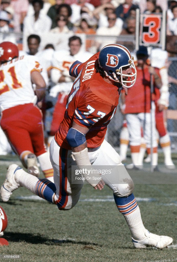 <a gi-track='captionPersonalityLinkClicked' href=/galleries/search?phrase=Lyle+Alzado&family=editorial&specificpeople=544733 ng-click='$event.stopPropagation()'>Lyle Alzado</a> #77 of the Denver Broncos in action against the Kansas City Chiefs during an NFL Football game December 10, 1978 at Mile High Stadium in Denver, Colorado. Alzado played for Broncos from 1971-78.