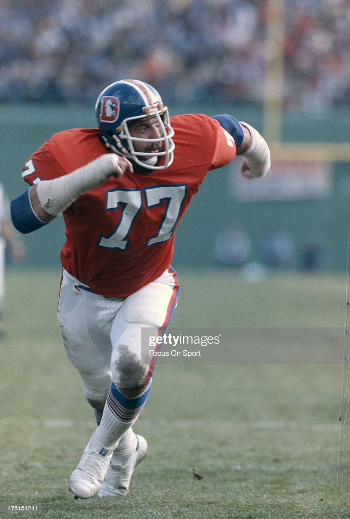 <a gi-track='captionPersonalityLinkClicked' href=/galleries/search?phrase=Lyle+Alzado&family=editorial&specificpeople=544733 ng-click='$event.stopPropagation()'>Lyle Alzado</a> #77 of the Denver Broncos in action during an NFL Football game circa 1978 at Mile High Stadium in Denver, Colorado. Alzado played for Broncos from 1971-78.