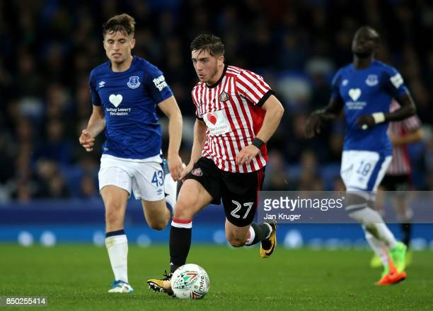 Lynden Gooch of Sunderland and Jonjoe Kenny of Everton in action during the Carabao Cup Third Round match between Everton and Sunderland at Goodison...