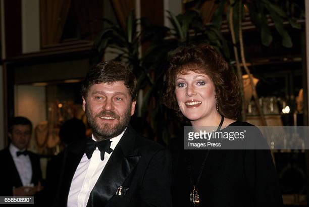 Lynn Redgrave and husband John Clark attend the 38th Annual Golden Globes circa 1981 in Los Angeles California