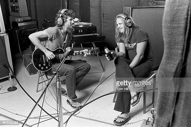 ATLANTA GA August 12 Lynyrd Skynyrd members Steve Gaines and Ronnie Van Zant work on 'Street Survivors' at Studio I on August 12 1977 in...