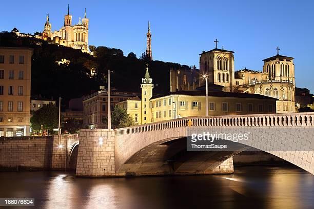 Lyon au crépuscule