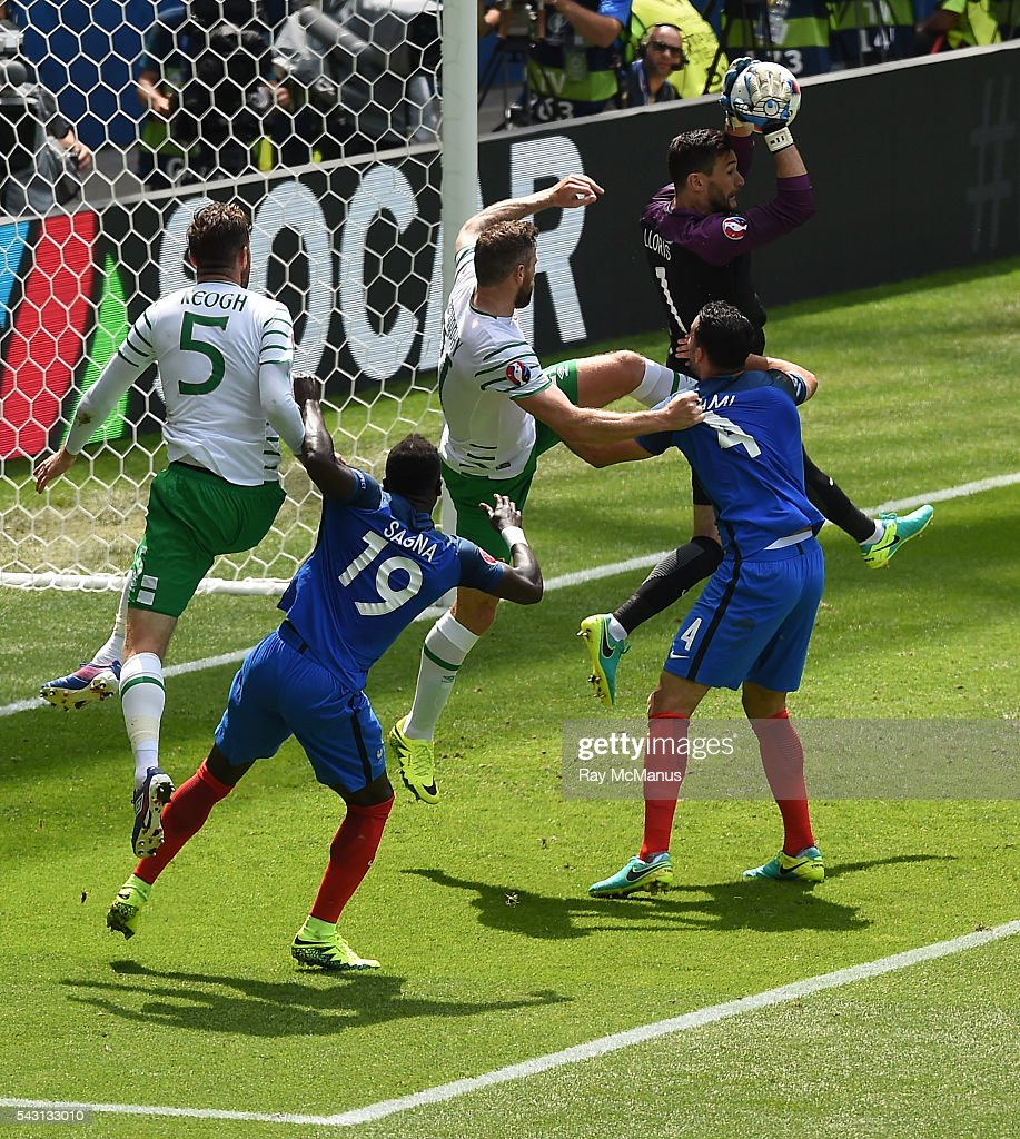 Lyon , France - 26 June 2016; Hugo Lloris of France makes a save during the UEFA Euro 2016 Round of 16 match between France and Republic of Ireland at Stade des Lumieres in Lyon, France.