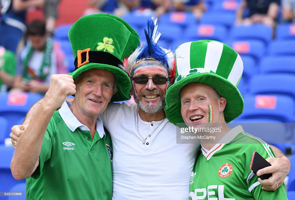 Lyon , France - 26 June 2016; Republic of Ireland supporters Alan and Jack Keane with a France supporter ahead of the UEFA Euro 2016 Round of 16 match between France and Republic of Ireland at Stade des Lumieres in Lyon, France.