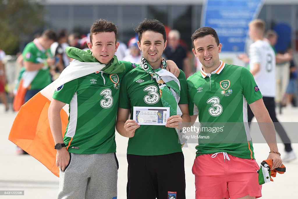 Lyon , France - 26 June 2016; Republic of Ireland supporters Pádraid Doyle, Jason and Tommy O'Sullivan from Kilarney after collecting their tickets ahead of the UEFA Euro 2016 Round of 16 match between France and Republic of Ireland at Stade des Lumieres in Lyon, France.