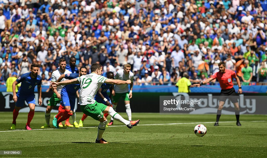 Lyon , France - 26 June 2016; <a gi-track='captionPersonalityLinkClicked' href=/galleries/search?phrase=Robbie+Brady&family=editorial&specificpeople=9028769 ng-click='$event.stopPropagation()'>Robbie Brady</a> of Republic of Ireland scores his side's first goal of the game from the penalty spot during the UEFA Euro 2016 Round of 16 match between France and Republic of Ireland at Stade des Lumieres in Lyon, France.