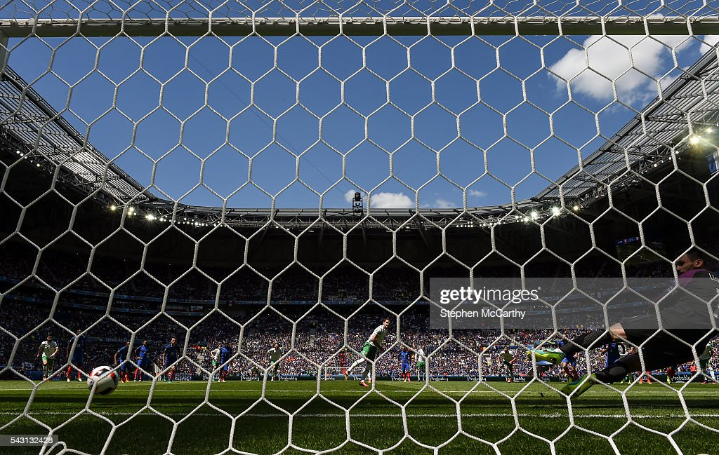 Lyon , France - 26 June 2016; Robbie Brady of Republic of Ireland scores his side's first goal of the game from the penalty spot during the UEFA Euro 2016 Round of 16 match between France and Republic of Ireland at Stade des Lumieres in Lyon, France.