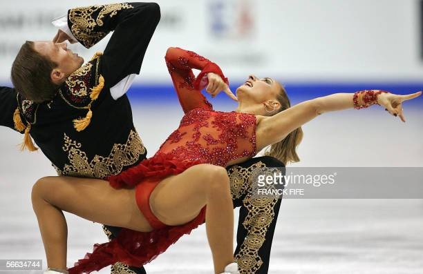 Twotime world and European championsRussian pair Tatiana Navka and Roman Kostomarov perform in the Ice Dancing Free Dance during the European Figure...