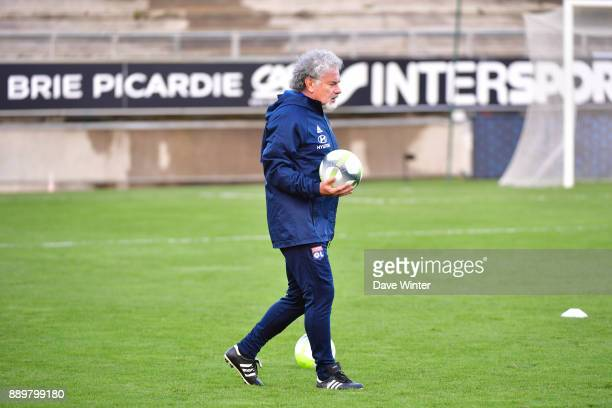 Lyon goalkeeping coach Joel Bats during the Ligue 1 match between Amiens SC and Olympique Lyonnais at Stade de la Licorne on December 10 2017 in...