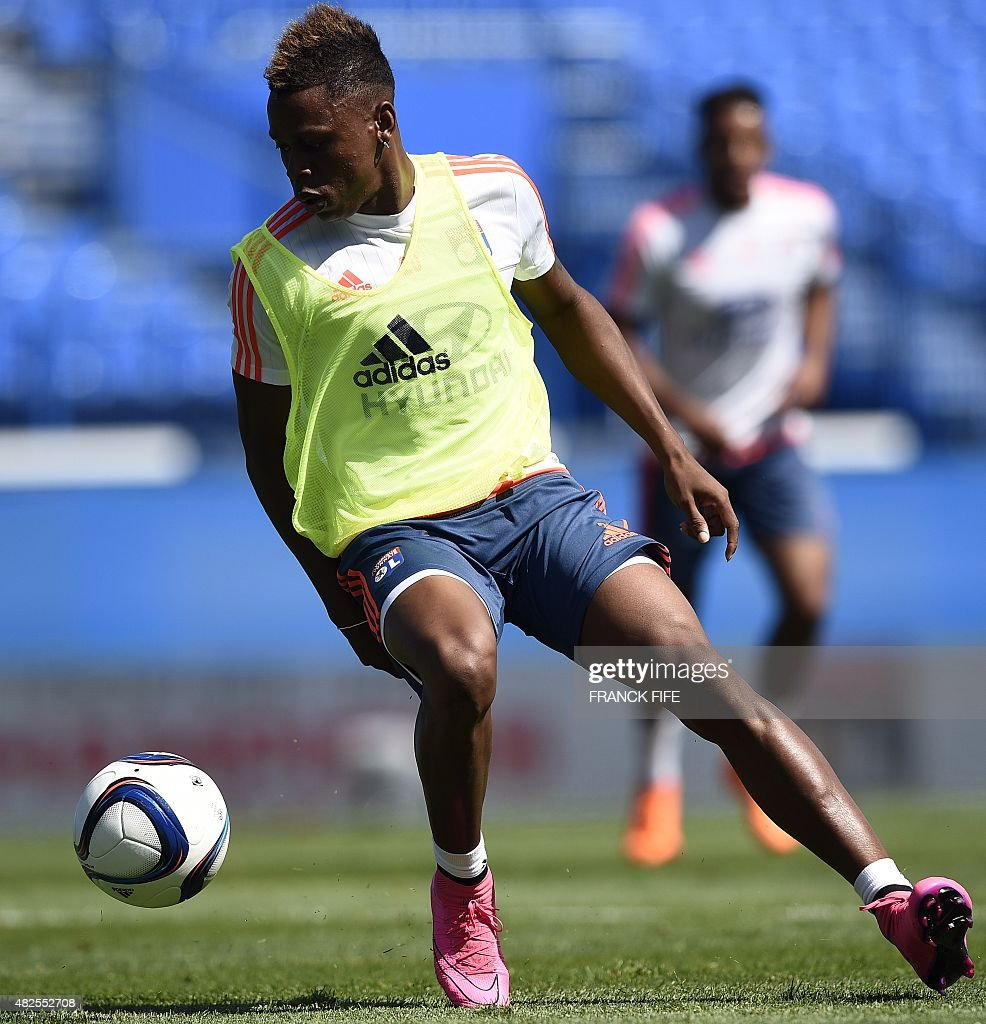 Lyon's French midfielder <a gi-track='captionPersonalityLinkClicked' href=/galleries/search?phrase=Gael+Danic&family=editorial&specificpeople=650403 ng-click='$event.stopPropagation()'>Gael Danic</a> controls the ball during a training session at Saputo stadium in Montreal on July 31, 2015 on the eve of of French Trophy of Champions football match against Paris-Saint-Germain vs Lyon.