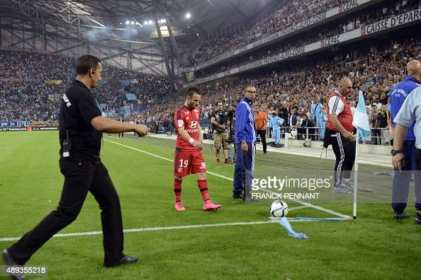 Lyon's French midfielder Mathieu Valbuena waits to kick a corner during the French L1 football match Marseille vs Lyon on September 20 2015 at...