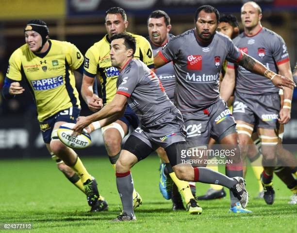 Lyon's French scrumhalf Nicolas Durand passes the ball during the French Top 14 Rugby Union match ASM Clermont vs Lyon OU at the Michelin stadium in...