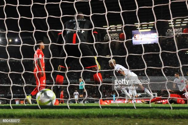 Lyon's Spanish forward Mariano Diaz reacts after scoring a goal during the French L1 football match between Stade Rennais and Olympique Lyonnais on...