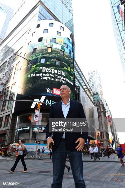 Lyor Cohen Visit ABC's 'Good Morning America' at ABC News' Good Morning America Times Square Studio on August 16 2017 in New York City
