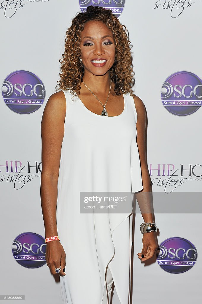 MC Lyte attends Women, Wealth, and Relationships presented by HIP HOP SISTERS during the 2016 BET Experience on June 25, 2016 in Los Angeles, California.