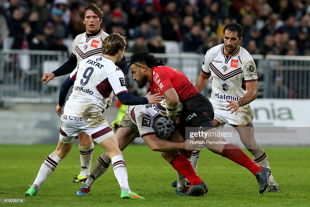 Ma a Nonu of RC Toulon is tackled by Julien Rey of Union Bordeaux Begles in action during the Top 14 rugby match between Union Bordeaux Begles and RC Toulon at Stade Matmut Atlantique on February 14, 2016 in Bordeaux, France.