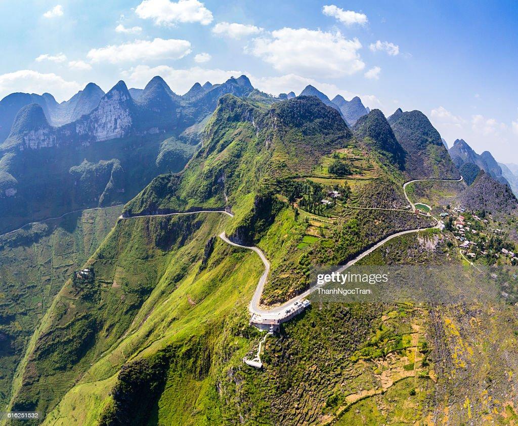 Ma Pi Leng mountain pass in Dong Van, Hagiang, Vietnam : Foto de stock