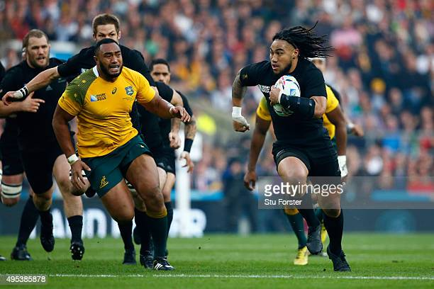 Ma'a Nonu of New Zealand makes a break during the 2015 Rugby World Cup Final match between New Zealand and Australia at Twickenham Stadium on October...