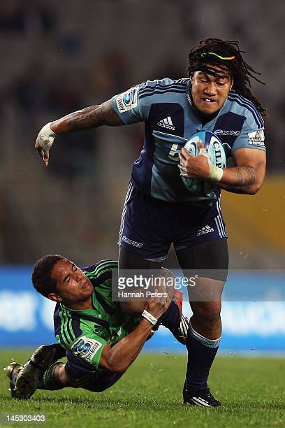 Ma'a Nonu of the Blues makes a break during the round 14 Super Rugby match between the Blues and the Highlanders at Eden Park on May 26 2012 in...