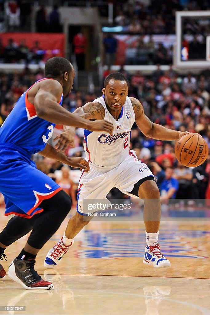 Maalik Wayns drives against the Philadelphia 76ers at Staples Center on March 20, 2013 in Los Angeles, California.