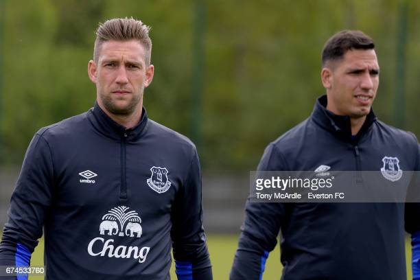Maarten Stekelenburg and Joel Robles during the Everton FC training session at USM Finch Farm on April 28 2017 in Halewood England