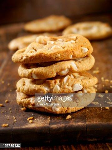 macadamia und wei e schokolade cookies stock foto getty images. Black Bedroom Furniture Sets. Home Design Ideas