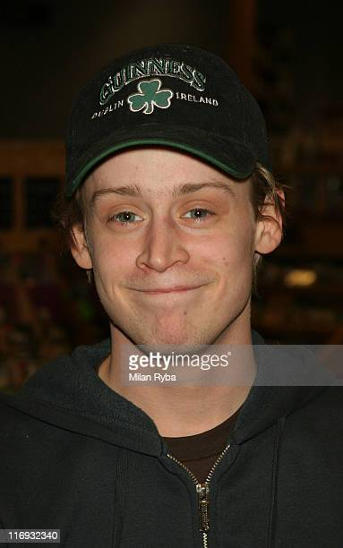 Macaulay Culkin during Macaulay Culkin Signs His Book 'Junior' at Borders Books Del Amo Mall in Torrance California United States